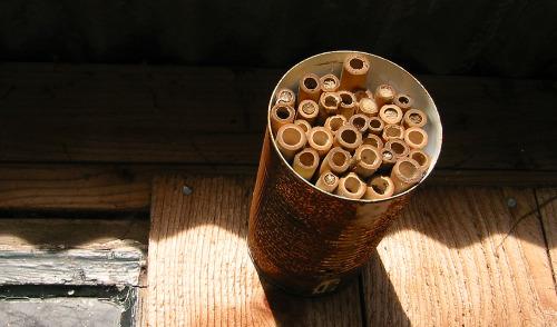 homemade mason orchard bee home