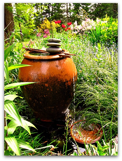 make a garden fountain How to Make a Garden Fountain